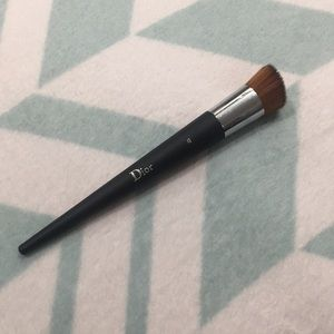 Dior Foundation Brush no. 12